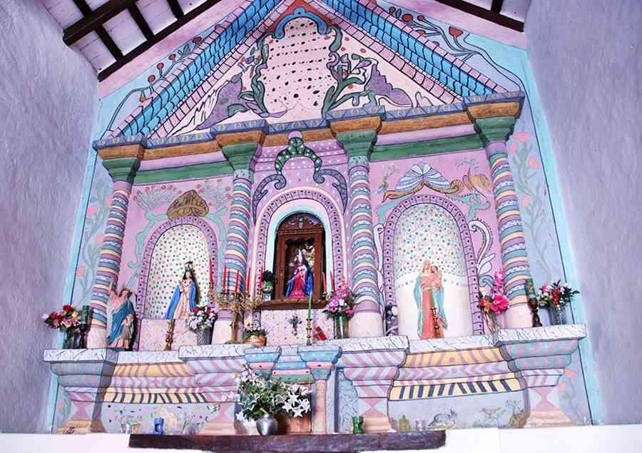 Altar Iglesia Nuestra Señora del Rosario, Hualfín Ruta 40