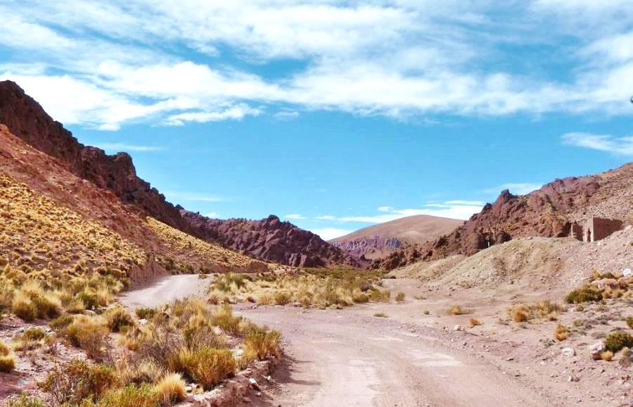 View of Ruta 40 in Jujuy, gravel and rugged Puna