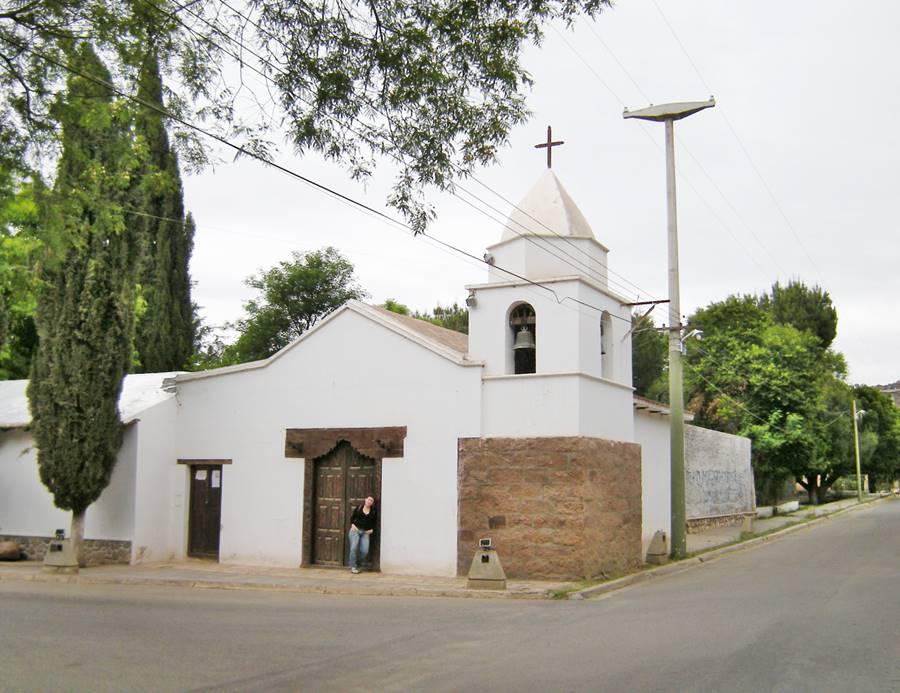 Santa Clara de Asís, Church at Los Sarmientos