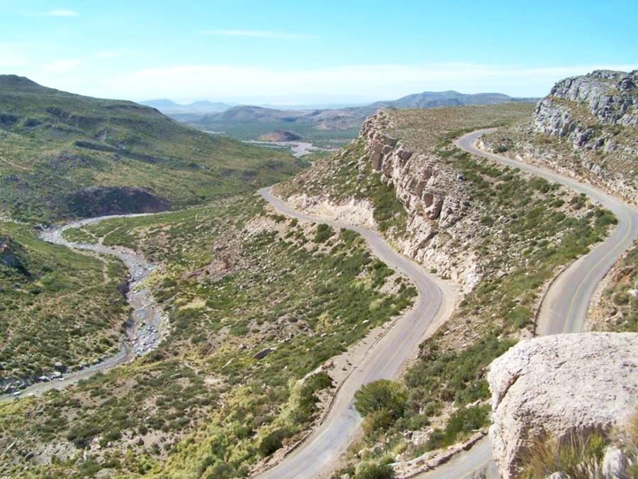 Vista de la Cuesta del Chihuido, Mendoza