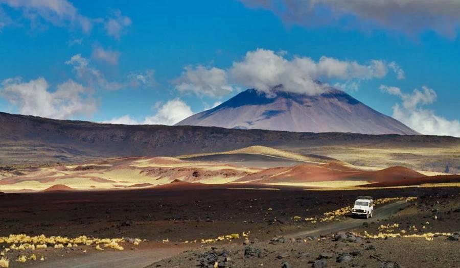 Volcán en la Payunia, Ruta 40, Mendoza