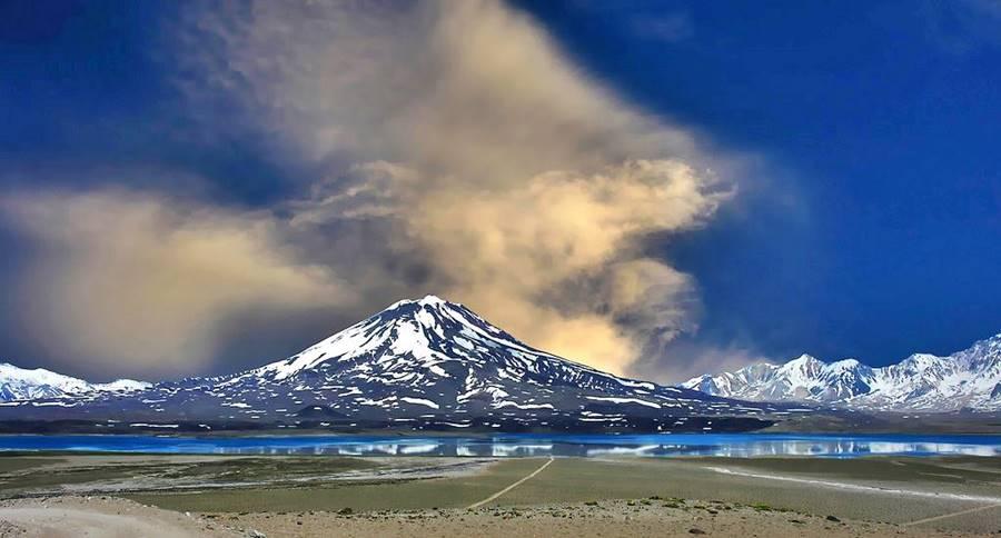 Volcán Maipo y Laguna del Diamante, Mendoza