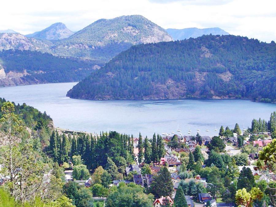 San Martin de los Andes and Lake Lacar in Neuquén, Ruta 40, Seven Lakes Road