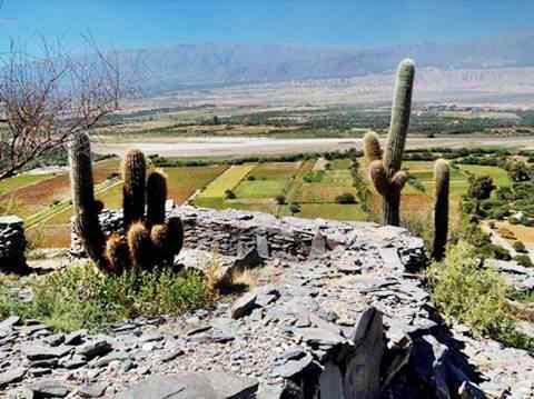 Ruinas de Fuerte Quemado en Catamarca